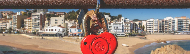 heart lock on bridge