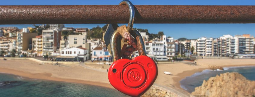 heart lock on bridge